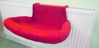 Miapet - Miapet Kalorifer Üstü Askılı Lüks Kedi Yatağı 47x35 cm Kırmızı